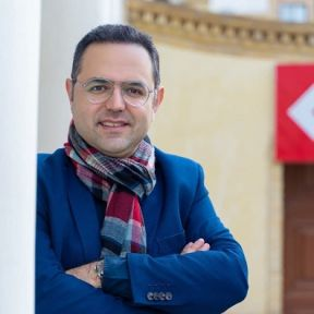 Dr. Pooyan Azadeh - Alumni-Porträt