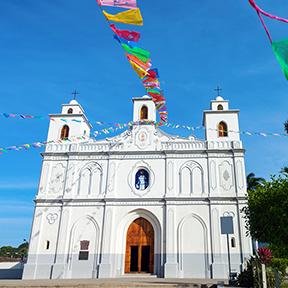 Mariä Himmelfahrt-Kirche in Ahuachapan