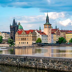 Prager Stadtbild und mittelalterliche Architektur