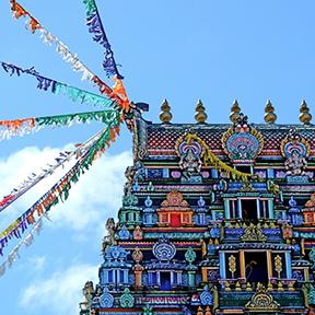 Ein Bild des des größten Hindu Tempels in der westlichen Hemisphäre